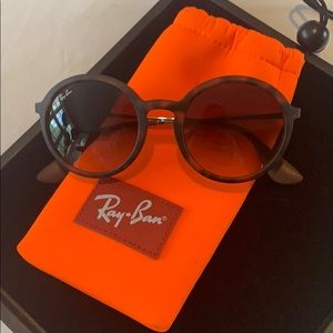Authentic ray ban sunglasses. In EUC.